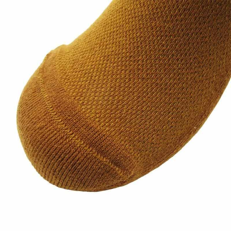 228205_03_pokpongtao_diabetic_socks_non_