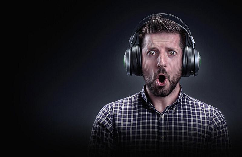 Razer หูฟังเกม Nari Ultimate