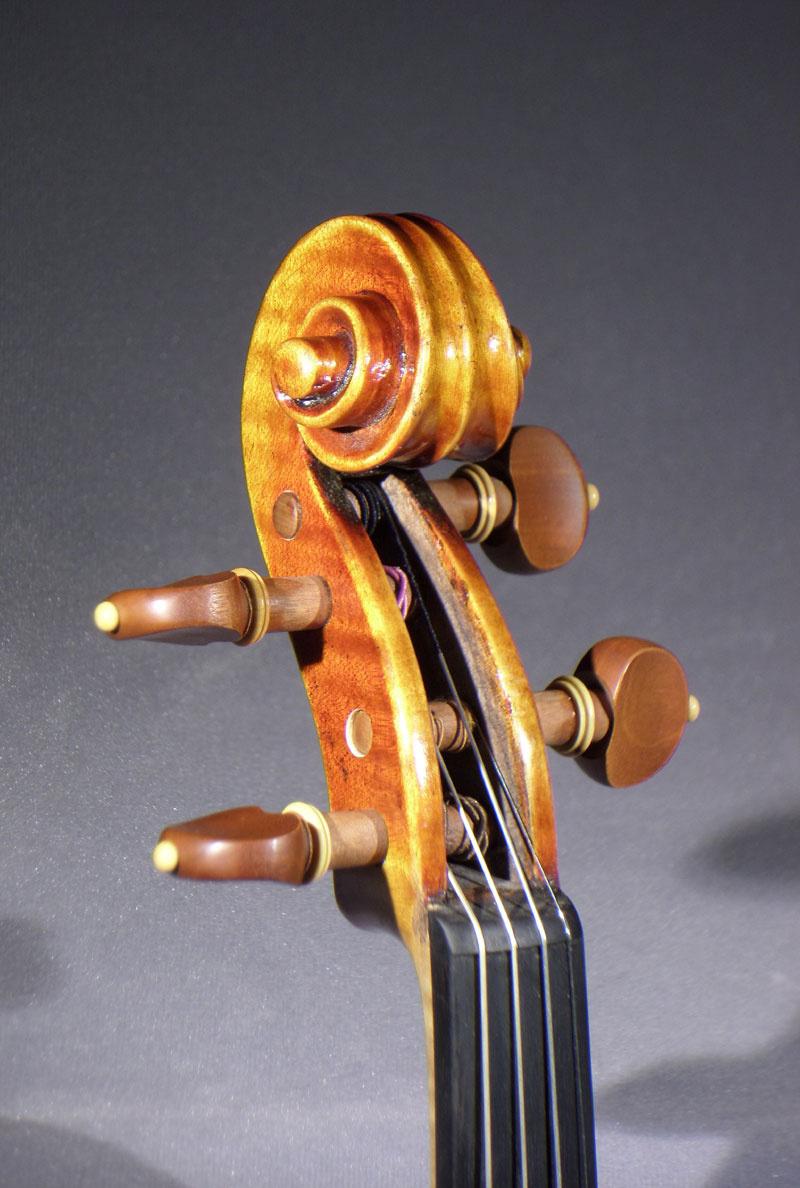 279284_02_detail_del_gesu_violin.jpg