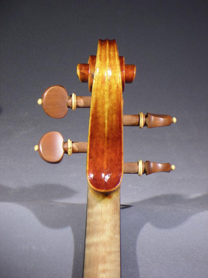 279284_03_detail_del_gesu_violin.jpg